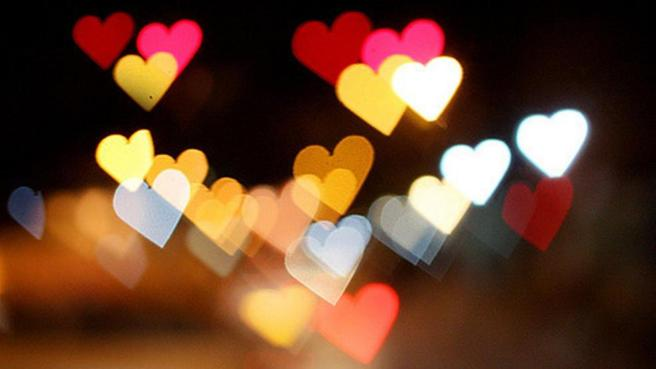 bokeh-lights-heart-wallpaper-2