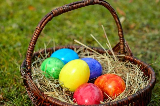 easter-eggs-2093315_960_720.jpg